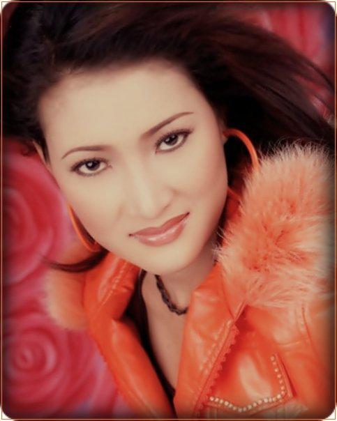 Dewi Kirana Fathanah Facebook1