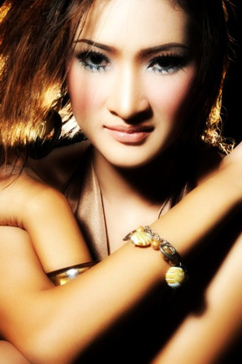 Dewi Kirana Fathanah Facebook3