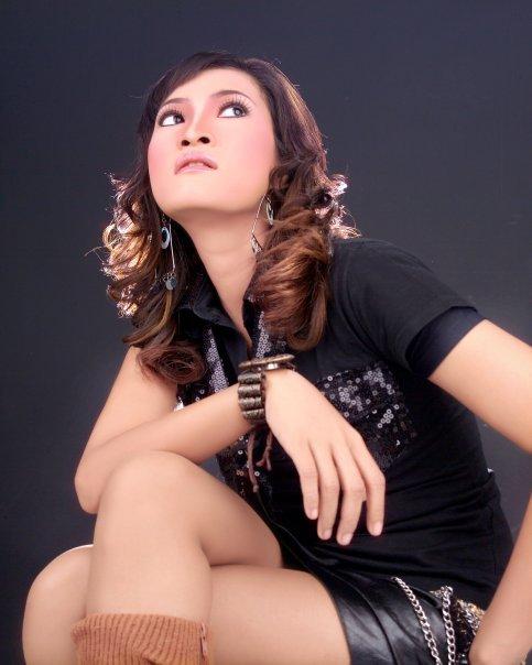Dewi Kirana Fathanah Facebook4
